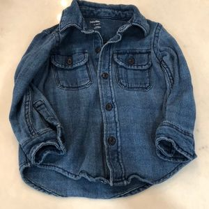 Soft cotton denim color shirt. Baby Gap 3T